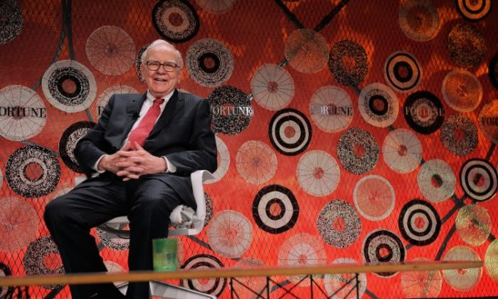 Warren Buffett attends the Fortune Most Powerful Women summit at Mandarin Oriental Hotel on October 5, 2010 in Washington. Buffett and other billionaires in the United States could soon pay the same amount in taxes as middle class Americans. (Jemal Countes/Getty Images)