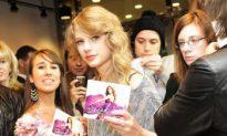 Taylor Swift Releases New Album 'Speak Now'
