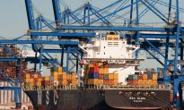 Port Strike Threatens East and Gulf Coasts