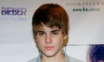 Justin Bieber: One of '10 Most Fascinating People 2010′