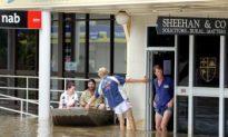 Australian Floods Decimate Crops, Evacuate People (Video)