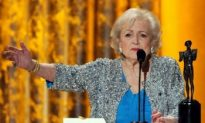 Betty White: SAG Comedy Award Given to Betty White