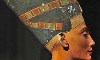 Expert With New Theory on Nefertiti's Tomb Invited to Egypt