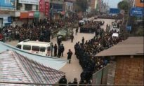 Thousands Clash with Police in China's Yunnan Province