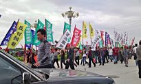Thousands of Guangdong Farmers March for Rights