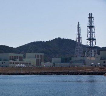 A general view shows the Onagawa nuclear plant in Onagawa, Miyagi prefecture on April 5, 2011.  (Yasuyoshi Chiba/Getty Images)