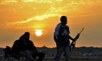 Libyan Rebels Cut Off Oil Pipeline to Tripoli
