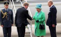 Queen Honours Dead Republicans in Historic Ireland Visit