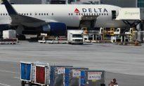 Needles Found in Sandwiches on Four Delta Flights