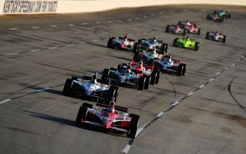Scott Dixon in the #9 Target Chip Ganassi Racing Dallara Honda leads the field at a restart during the IndyCar Series Meijer Indy 300 at Kentucky Speedway.  (Robert Laberge/Getty Images)