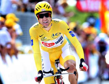 Carlos Sastre rode the time trial of his life to seal his 2008 Tour de France victory.  (Jasper Juinen/Getty Images)