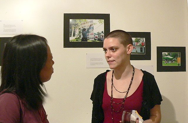 Molly is interviewed by the Epoch Times reporter. (Xing Tianxing/The Epoch Times)