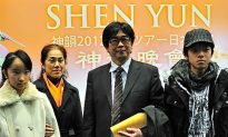 Artists and Art Lovers Love Shen Yun
