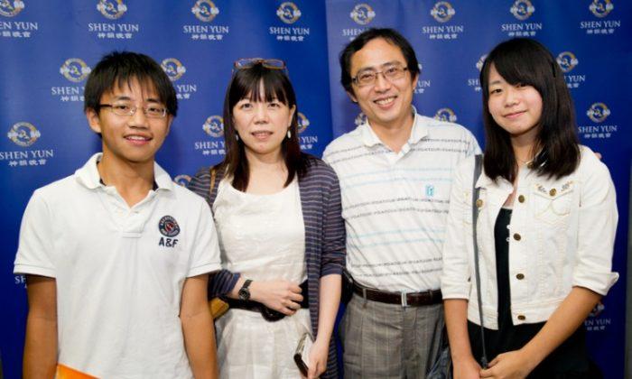 General Manager of MOLS Corporation, Qiu Huiru (2nd L), her husband, Jian Nanshan, a university professor, and their children. (Luo Ruixun/The Epoch Times)