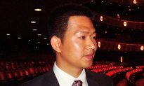 China's Trade Official Comes to New York Just to Watch Shen Yun