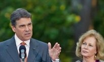 Rick Perry Declares His Presidential Candidacy