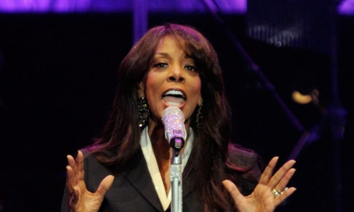 Singer Donna Summer performs during the David Foster and Friends concert at the Mandalay Bay Events Center Oct. 1, 2011 in Las Vegas. (Ethan Miller/Getty Images)