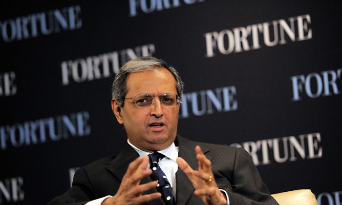 CEO of Citigroup Vikram Pandit speaks during the FORTUNE Breakfast & Conversation with Vikram Pandit, at TIME Building on October 12, 2011 in New York City. (Jemal Countess/Getty Images)