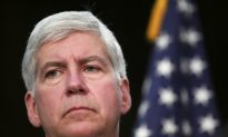 Governor's Emails Show Debate Over Blame for Flint Water