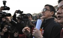 Delegates to Political Meetings Face Media Spotlight in China