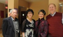 Chinese Doctor Amazed by Shen Yun in Albuquerque