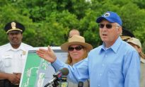 U.S. Interior Secretary Wants to Complete Harbor Trail