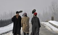 Food and Fuel Rationed as Jammu-Kashmir Snow Strands Thousands