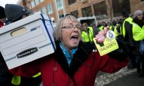 Signatures Filed to Recall Wisconsin Governor
