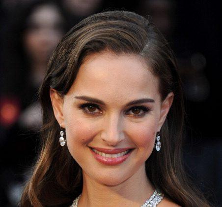 Natalie Portman is a Deep Autumn. (Michael Buckner/Getty Images)