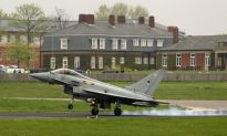 UK Air Force Jets Arrive in London