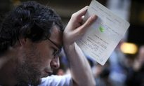 European Market Insight: Stocks Treading Water as EU Economic Data Worsens