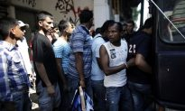 Greece to Deport 1,600 Recently Arrested Immigrants