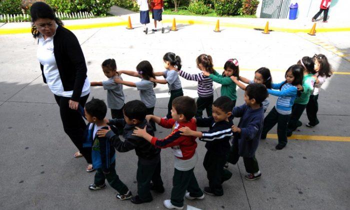 Kindergarten children are seen in this file photo on November 13, 2012. (ORLANDO SIERRA/AFP/Getty Images)