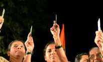21,000 Knives Given Out to Indian Women to Ward Off Rapists