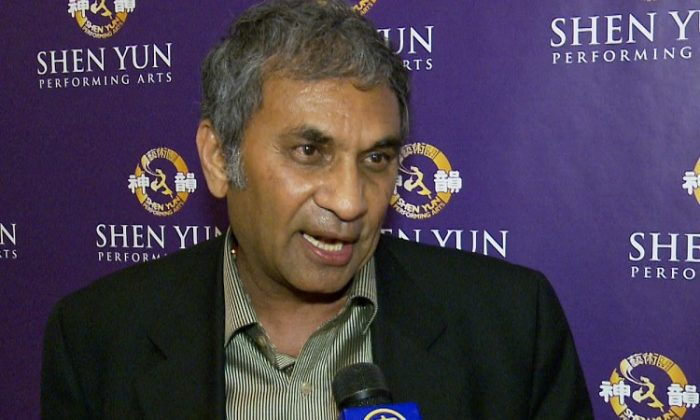Dr. Sudhir Parikh talks about his Shen Yun experience at Lincoln Center on Friday. (Courtesy of NTD Television)