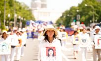 Falun Gong Parade in Capital Marks 16 Years of Persecution in China