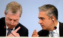 Deutsche Bank Loses Billions, Shares Rise