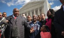 Supreme Court Considers Voting Rights Act in Tough Debate