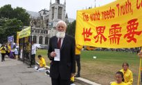 Persecuted for Sixteen Years, Meditators in London Call for Justice