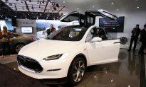 Driver of Tesla Crash in Pennsylvania Says Autopilot Was On