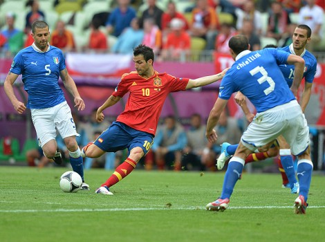 Spanish midfielder Cesc Fabregas kicks the ball during the Euro 2012 championships Spain vs Italy football match. (Gabriel Bouys/AFP/GettyImages)