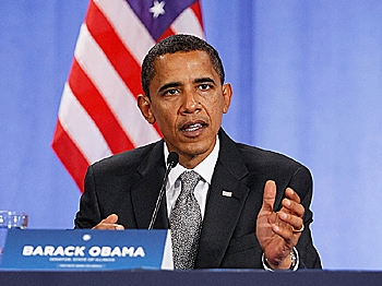 Sen. Barack Obama speaks during 'Growing American Jobs' summit at Palm Beach Community College Lake Worth Campus October 21, 2008 in Lake Worth, Florida. (Joe Raedle/Getty Images)