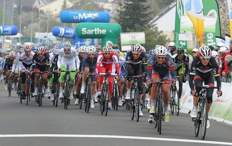 Garmin's Thomas Dekker won the sprint and the stage. (Bernard Larvol/circuitcycliste.sarthe.com)