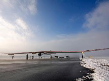 The Solar Impulse has a 200-foot wingspan. (solarimpulse.com)
