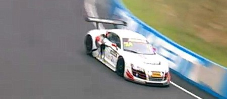 Joens got the lead back for Audi as the track dried. (bathurst12hour.com.au)