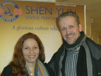 Mr. Zacher and Ms. Joyce appreciated the expression of traditional culture. (Pirjo Svensson/The Epoch Times)