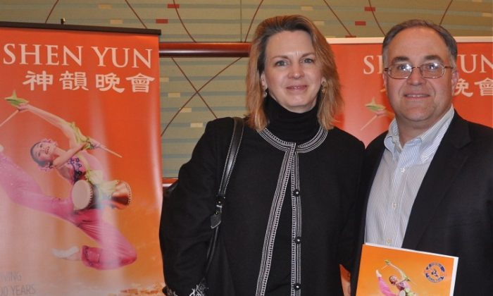 Carol Sigman and Christian Sigman spoke highly of Shen Yun Performing Arts at the Aronoff Center for the Arts, on Feb. 4. (Charlie Lu/The Epoch Times)