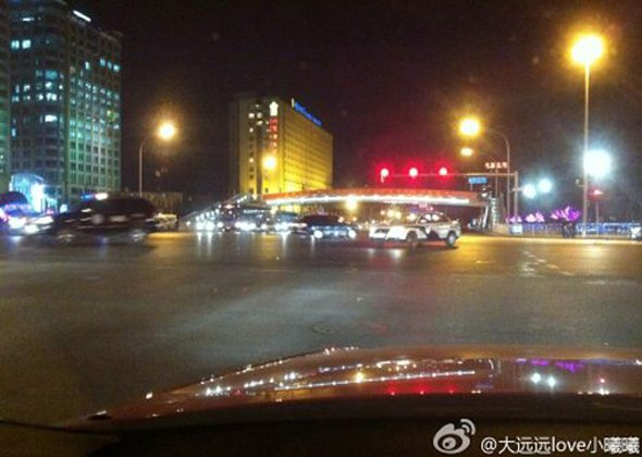 Screen shot of a photo posted on Weibo by Li Delin, who is on the editorial board of Securities Market Weekly. Li reported army vehicles on Changan Street in Beijing.
