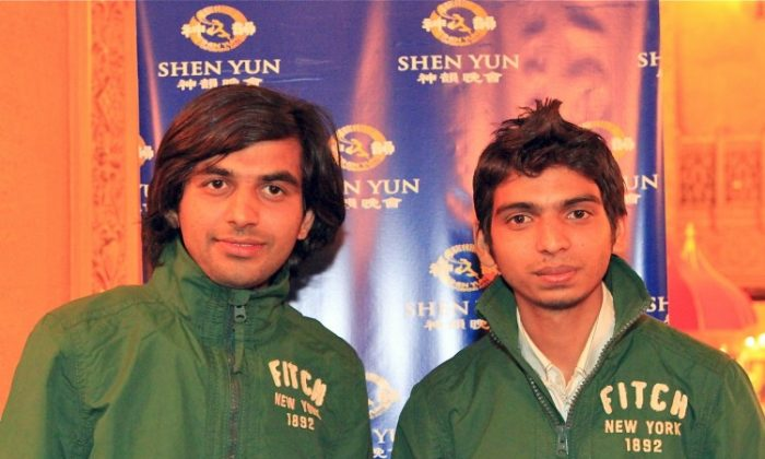 Gouran Verma and Chetan Sharma attend Shen Yun Performing Arts in Melbourne. (Chen Ming/The Epoch Times)