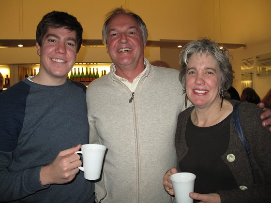 Unilever CEO Paul Polman (C) with his wife, Kim (R) and son (L). (SOH Radio Network)